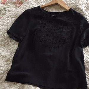 Madewell EUC XS silk Blouse w/ embroidered design